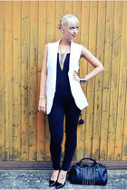 white long white cichic vest - black patent leather Charlotte Russe shoes