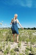 white white howlite ByJodi bracelet - navy Synergy Organic Clothing dress