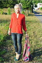 navy skinnies Charlotte Russe jeans - amethyst multi-paisley Street Vendor scarf
