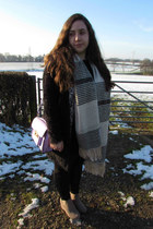 fluffy gilet Matalan jacket - Primark boots - Dorothy Perkins scarf