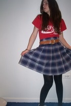 t-shirt - belt - skirt - tights