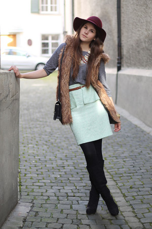 light blue peplum Zara skirt - brick red H&amp;M hat - heather gray H&amp;M sweater