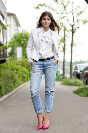 blue Riley jeans - white bow Witt Weiden blouse - hot pink Saint Laurent pumps