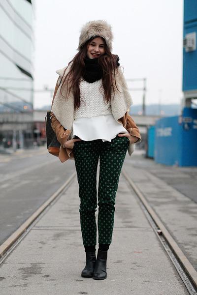 black anna field boots - faux fur H&M hat - camel jacket - Louis Vuitton bag