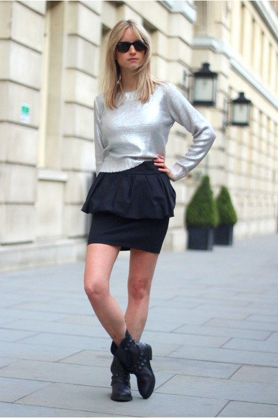black Zara skirt - black Zara boots - black ray-ban sunglasses