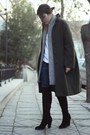 Black-knee-high-zara-boots-forest-green-vintage-coat-navy-mango-jeans