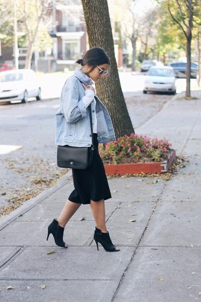 light blue vintage denim Levis jacket - white Zara sweater