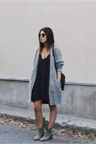 heather gray raya acne cardigan - dark khaki suede Isabel Marant boots