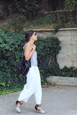 white cropped Zara pants - black Onna Ehrlich bag