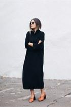 black COS dress - tawny Mango heels