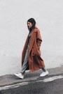 Brick-red-wool-stylenanda-coat-gray-beymen-sweater-heather-gray-asos-pants