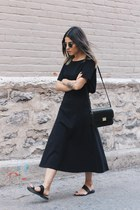 dark gray Zara skirt - black Matiko sandals