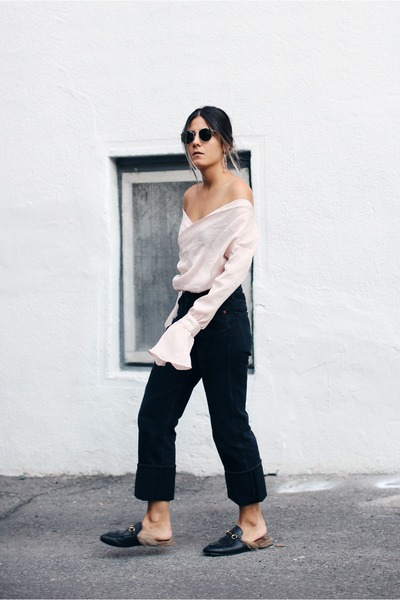 black bxtwxxn top - light pink citizens of humanity jeans - black Gucci flats