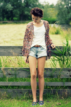aztec Zara loafers - hot pink Stradivarius blazer - H&M shorts