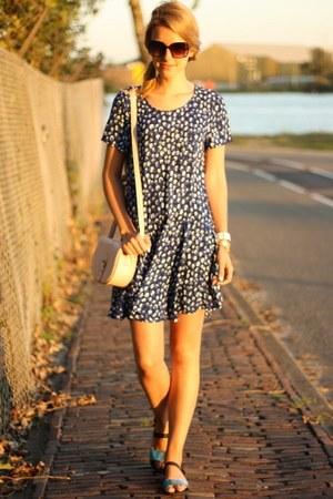 navy Monki dress