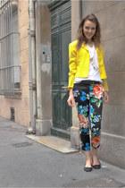 black floral H&M pants - yellow vintage blazer