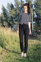 allstars white Converse shoes - Monki jeans - breton striped Zara top