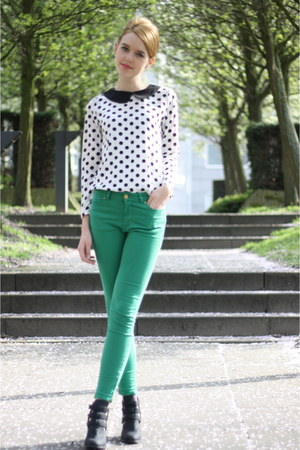 white PERSUNMALL top - black H&M boots - green Zara jeans