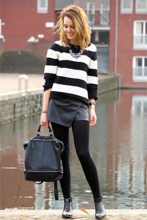black H&M boots - cream Primark sweater - black Primark shorts