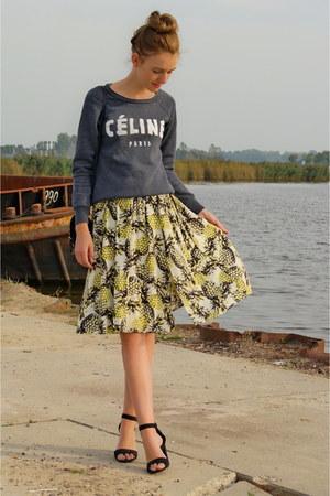 yellow Primark skirt - heather gray thrifted sweater