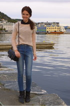 peach thrifted sweater - navy Primark jeans