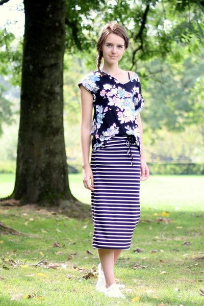 black Ebay skirt - black Primark top