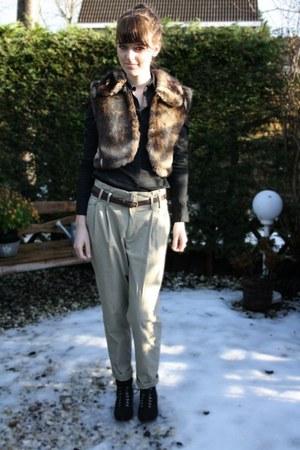 beige Zara pants - black H&M blouse - black Bristol boots - dark brown Faux fur
