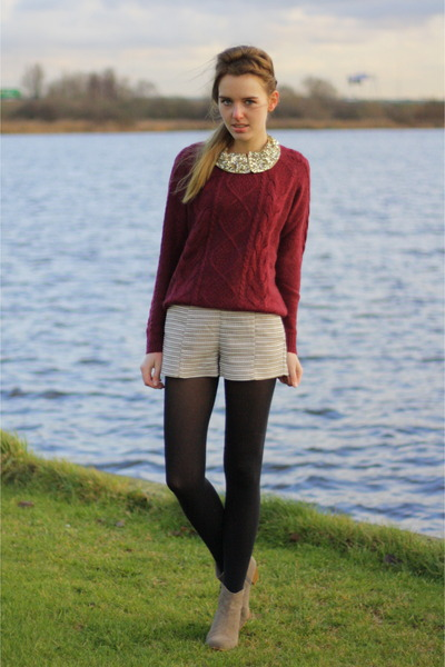 oxblood H&amp;M sweater - Isabel Marant boots - H&amp;M shorts