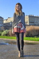 Zara skirt - Isabel Marant boots - New Yorker sweater
