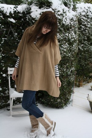 camel H&M coat - camel fake ugg boots - off white striped h&m top