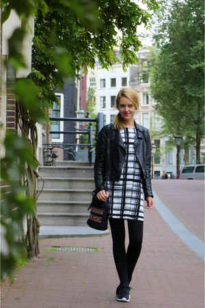 black leather asos jacket - white printed Vila dress