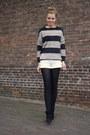 Mango-sweater-primark-boots-mango-shorts