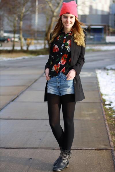 nichi Kenzaa top - Alysa boots - ONeill hat - H&M blazer - H&M shorts