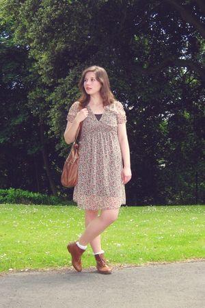 brown H&M dress - brown H&M purse - white asos socks - brown asos boots