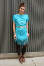 turquoise blue vintage dress - white thrifted belt - light brown thrifted boots