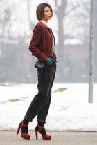 green vintage sweater - brick red Rinascimento jacket