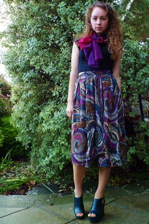 purple vintage scarf - multi printed thrifted vintage skirt - black Target t-shi