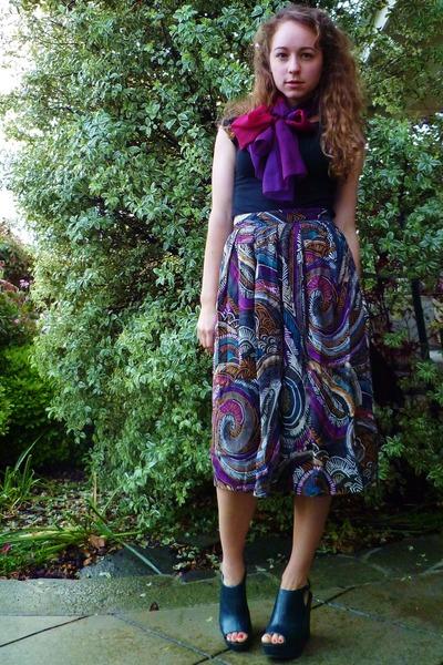purple vintage scarf - multi printed thrifted vintage skirt - black Target t-shi