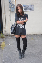 Talula t-shirt - forever 21 shorts - American Apparel socks - Frye boots - Marc