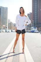 baroque Zara sweatshirt - MSBHV shorts - Alexander Wang heels