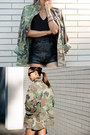 Dark-khaki-vintage-jacket-black-vintage-shorts-black-ray-ban-sunglasses