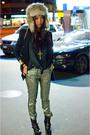 Black-vintage-t-shirt-blue-forever21-blazer-silver-topshop-pants-black-din