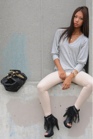 white leather wilfred pants - black fringe Forever21 boots