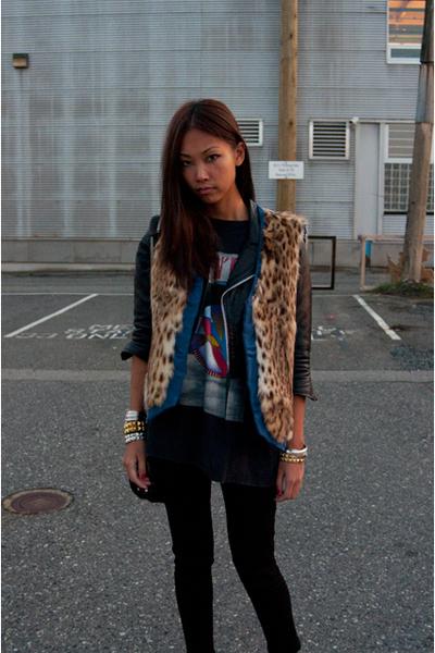 vintage jacket - vintage vest - vintage t-shirt - JBrand jeans