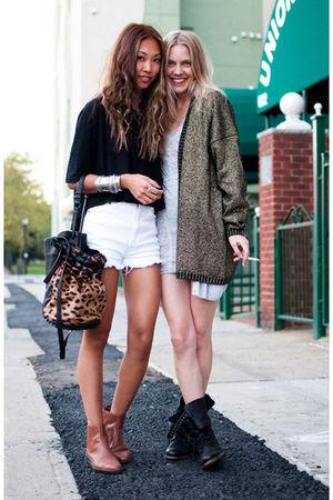 black wilfred t-shirt - white vintage shorts - brown vintage boots - beige Alexa