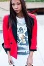 Red-vintage-christian-dior-blazer-black-din-sko-boots-white-vintage-t-shirt-