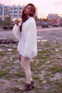 White-zara-jacket-white-american-apparel-t-shirt-beige-wilfred-leggings-be