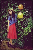 dark khaki straw boaters hat - red maxi skirt - blue cropped top - magenta purpl