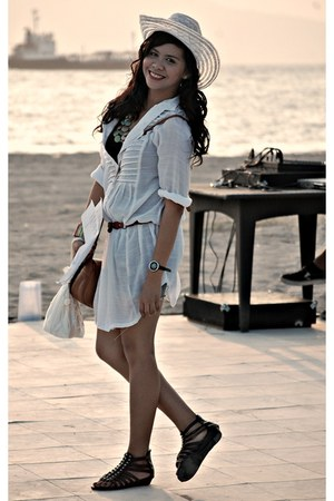 ivory straw hat - diy Mossimo shorts - dark brown gladiator sandals - black Gap