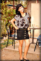 accessories - black flats shoes - Redhead skirt - belt - Pop culture blouse